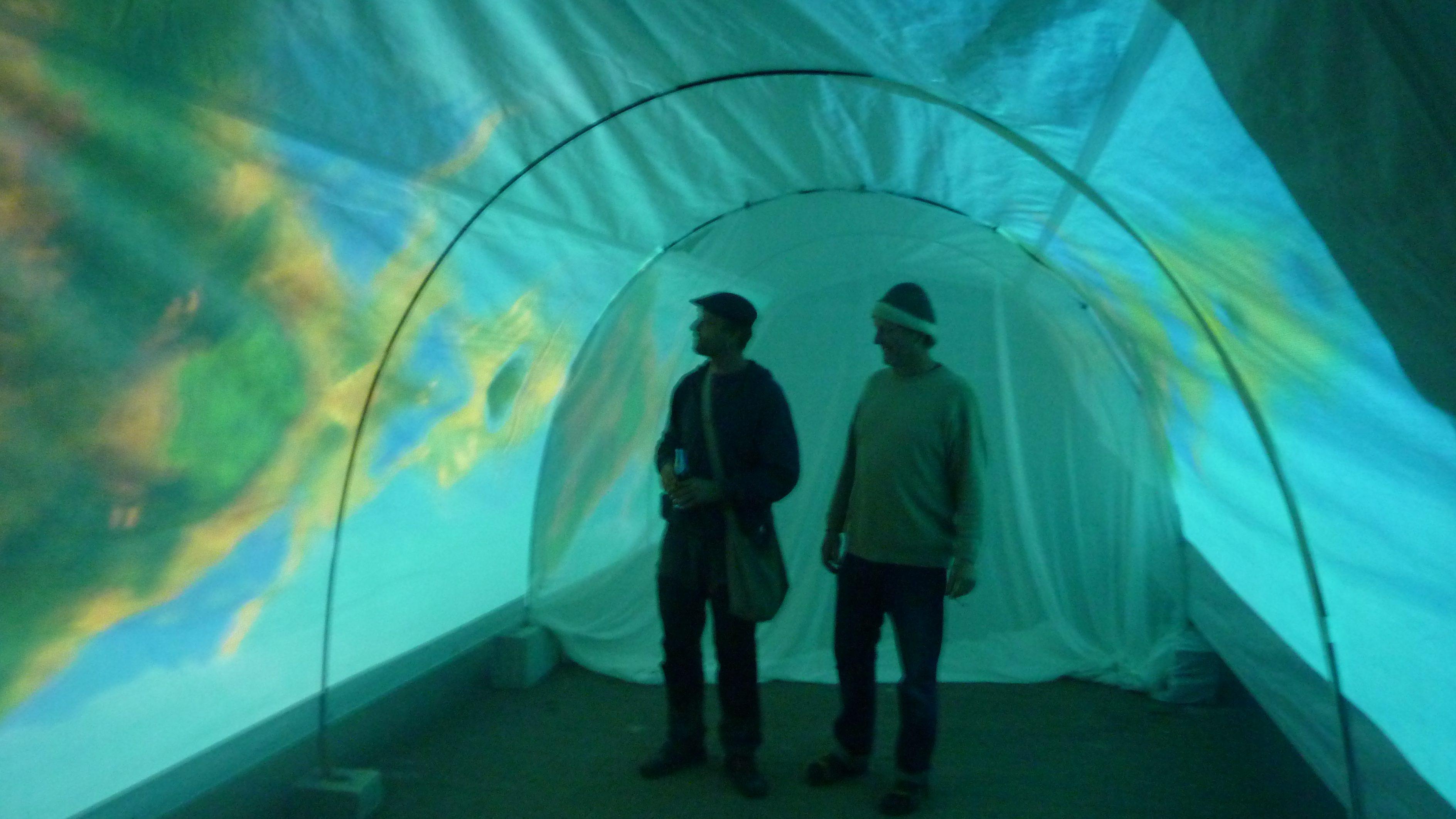 Videoinstallation im Tunnel bei den Ateliertagen Sulzburg/Laufen 2016